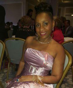 Jenny Hippocrate Fixy, présidente de l'APIPD, décorée